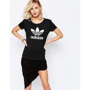 Adidas   Original Black Trefoil Logo Fitted Tee S